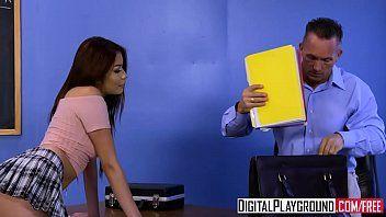Film porno xxx - clip nerd 5 elsa jean marcus londra