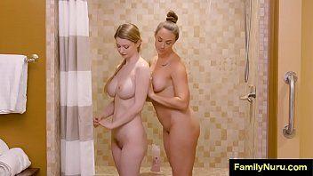 Massaggio con olio con 2 angeli caldi