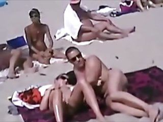 Public beach blowjobs - non-professional compilation